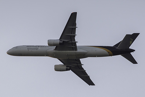 UPS Airlines Boeing 757-200F N467UP at Orlando International Airport (KMCO/MCO)