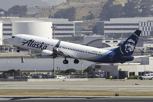 Alaska Airlines Boeing 737-900ER N268AK at San Francisco International Airport (KSFO/SFO)