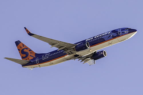 Sun Country Airlines Boeing 737-800 N815SY at San Francisco International Airport (KSFO/SFO)