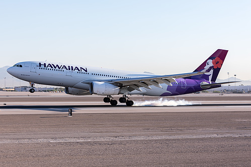 Hawaiian Airlines Airbus A330-200 N374HA at McCarran International Airport (KLAS/LAS)