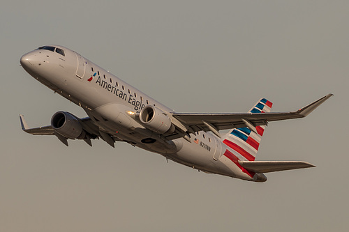 Compass Airlines Embraer ERJ-175 N210NN at Los Angeles International Airport (KLAX/LAX)
