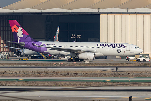 Hawaiian Airlines Airbus A330-200 N392HA at Los Angeles International Airport (KLAX/LAX)