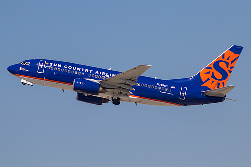 Sun Country Airlines Boeing 737-700 N713SY at Los Angeles International Airport (KLAX/LAX)