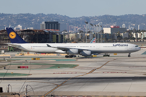 Lufthansa Airbus A340-600 D-AIHY at Los Angeles International Airport (KLAX/LAX)