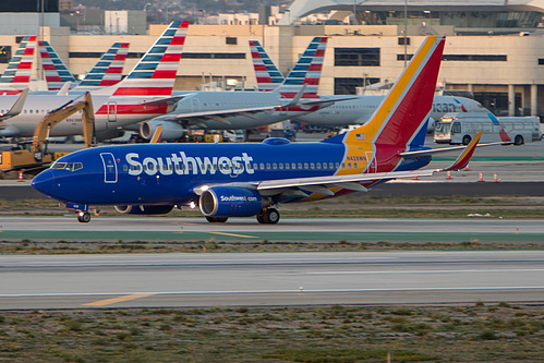 Southwest Airlines Boeing 737-700 N428WN at Los Angeles International Airport (KLAX/LAX)