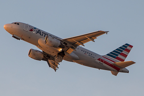 American Airlines Airbus A319-100 N747UW at Los Angeles International Airport (KLAX/LAX)