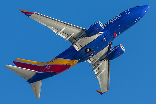 Southwest Airlines Boeing 737-700 N7874B at Los Angeles International Airport (KLAX/LAX)