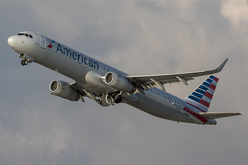 American Airlines Airbus A321-200 N903AA at Los Angeles International Airport (KLAX/LAX)