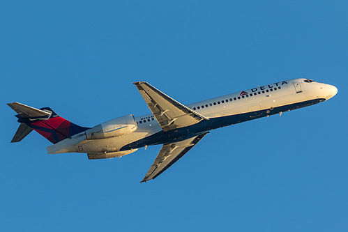Delta Air Lines Boeing 717-200 N934AT at Los Angeles International Airport (KLAX/LAX)