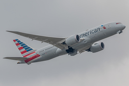 American Airlines Boeing 787-8 N813AN at London Heathrow Airport (EGLL/LHR)