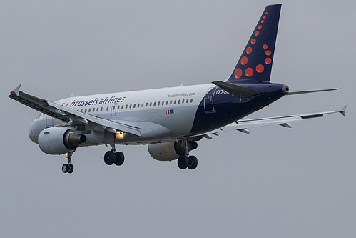Brussels Airlines Airbus A319-100 OO-SSR at London Heathrow Airport (EGLL/LHR)