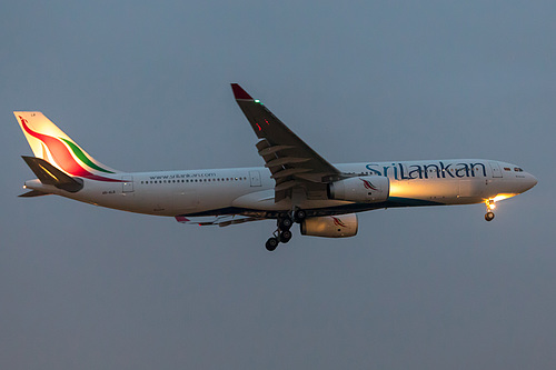 SriLankan Airlines Airbus A330-300 4R-ALR at London Heathrow Airport (EGLL/LHR)