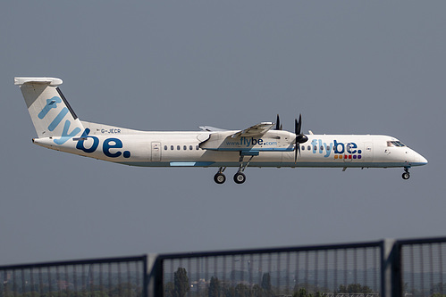 Flybe DHC Dash-8-400 G-JECR at London Heathrow Airport (EGLL/LHR)