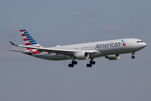 American Airlines Airbus A330-300 N274AY at London Heathrow Airport (EGLL/LHR)