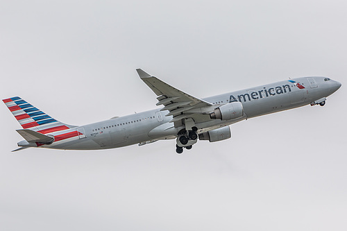 American Airlines Airbus A330-300 N275AY at London Heathrow Airport (EGLL/LHR)