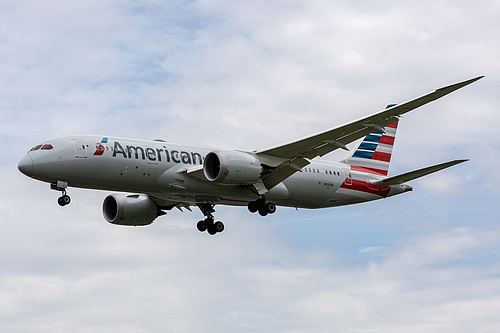 American Airlines Boeing 787-8 N810AN at London Heathrow Airport (EGLL/LHR)