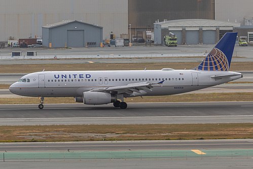 United Airlines Airbus A320-200 N493UA at San Francisco International Airport (KSFO/SFO)