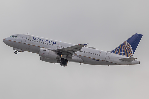 United Airlines Airbus A319-100 N819UA at San Francisco International Airport (KSFO/SFO)