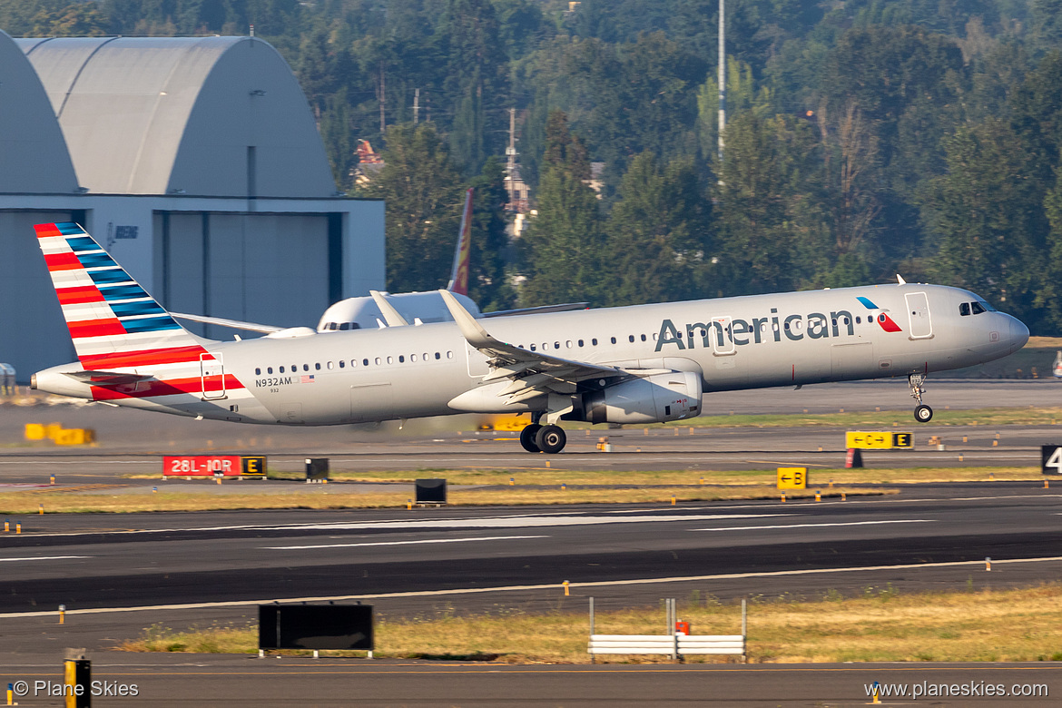American Airlines Airbus A321-200 N932AM at Portland International Airport (KPDX/PDX)