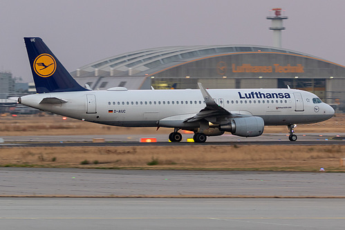 Lufthansa Airbus A320-200 D-AIUC at Frankfurt am Main International Airport (EDDF/FRA)