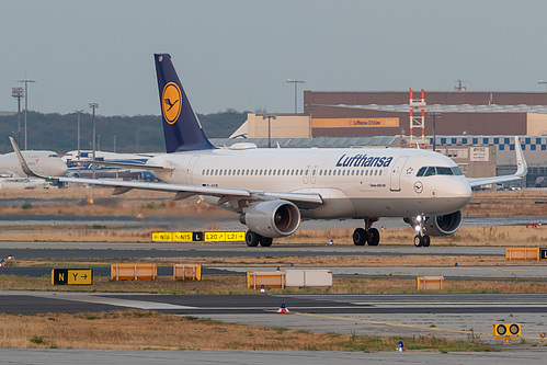 Lufthansa Airbus A320-200 D-AIUP at Frankfurt am Main International Airport (EDDF/FRA)