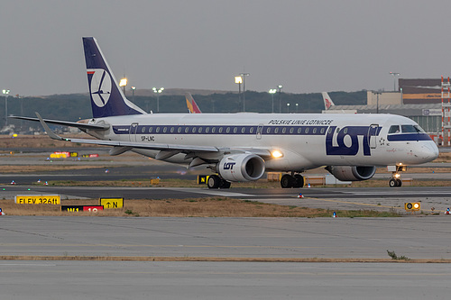 LOT Polish Airlines Embraer ERJ-195 SP-LNC at Frankfurt am Main International Airport (EDDF/FRA)