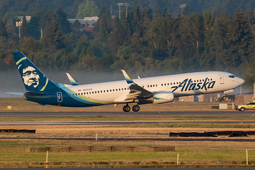 Alaska Airlines Boeing 737-900 N317AS at Portland International Airport (KPDX/PDX)