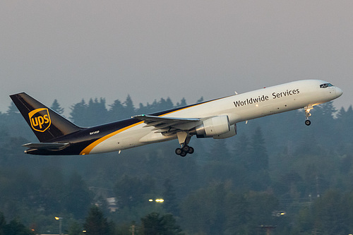 UPS Airlines Boeing 757-200F N414UP at Portland International Airport (KPDX/PDX)