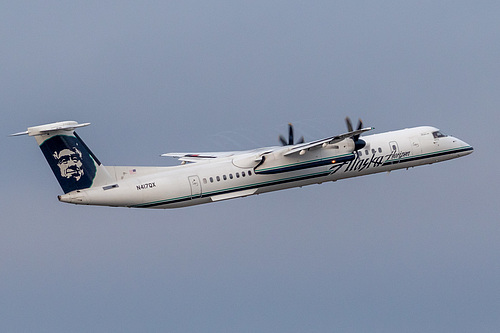 Horizon Air DHC Dash-8-400 N417QX at Portland International Airport (KPDX/PDX)