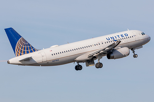 United Airlines Airbus A320-200 N471UA at Portland International Airport (KPDX/PDX)