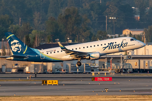 Horizon Air Embraer ERJ-175 N624QX at Portland International Airport (KPDX/PDX)