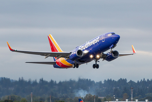 Southwest Airlines Boeing 737-700 N7712G at Portland International Airport (KPDX/PDX)