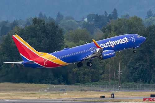 Southwest Airlines Boeing 737-800 N8522P at Portland International Airport (KPDX/PDX)