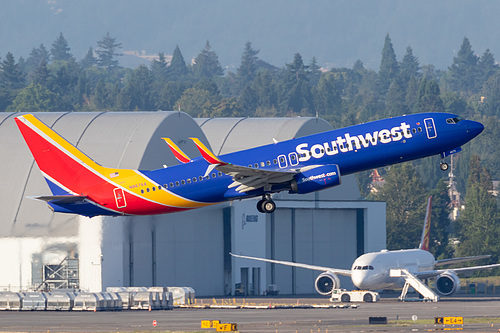 Southwest Airlines Boeing 737-800 N8676A at Portland International Airport (KPDX/PDX)