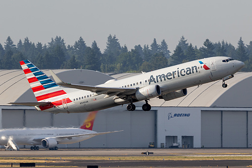 American Airlines Boeing 737-800 N946AN at Portland International Airport (KPDX/PDX)
