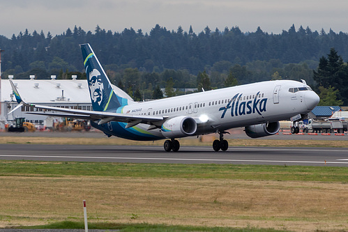 Alaska Airlines Boeing 737-900ER N434AS at Portland International Airport (KPDX/PDX)
