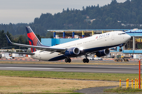 Delta Air Lines Boeing 737-900ER N906DN at Portland International Airport (KPDX/PDX)